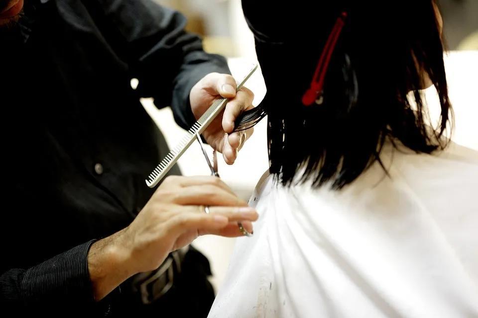 生活 头发不仅知道你吃过什么,甚至还会暴露你的消费水平