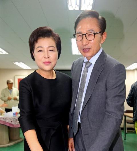 澳门真人线上赌博:又一个前总统!李明博被韩国检方提请逮捕
