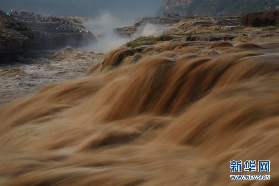 黄河壶口瀑布水量持续增大