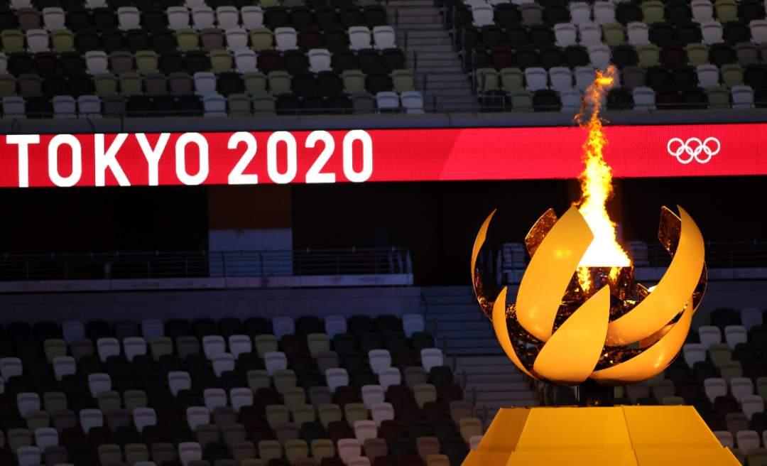 东京奥运会闭幕了,但这10个瞬间,依然让人热泪盈眶