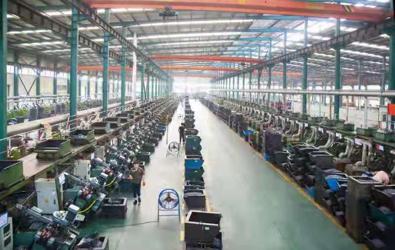 位于河北省邯郸市永年工业园区的深圳大和实业有限公司的钻尾丝自动化生产线     胡高雷 摄  1.jpg?x-oss-process=style/w10