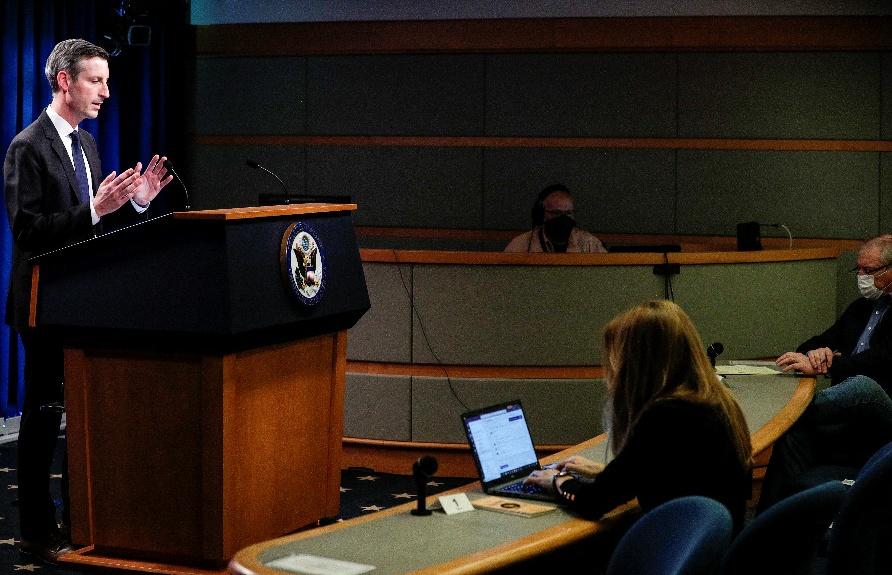 美国国务院发言人新冠检测呈阳性