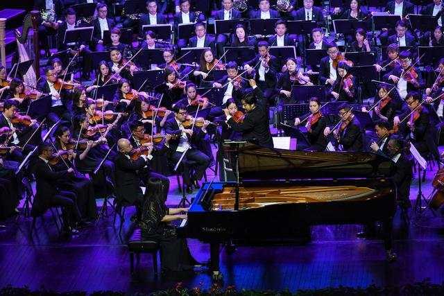 钢琴演奏家沈慧莲。