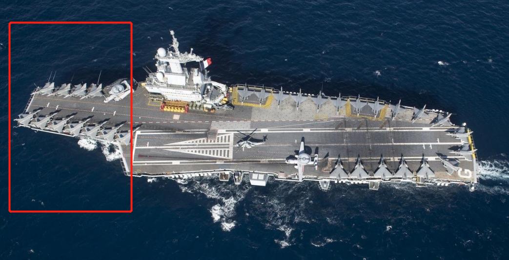 平甲板航母对飞行甲板的利用率更高一些