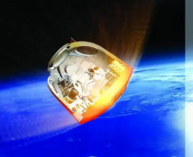 神舟十二号的隔热大顶是最耐高温的部分 (图片来源:央视网)